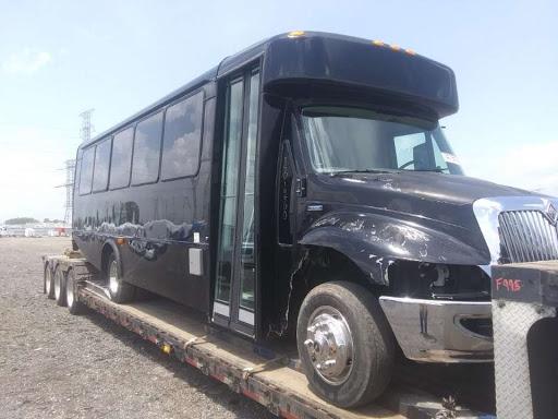 Shuttle Bus Transport